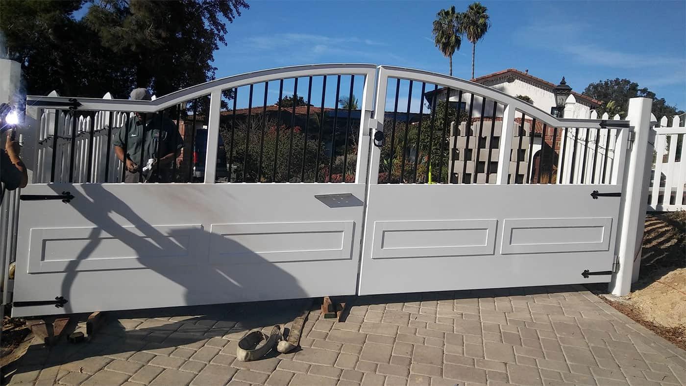 Swing Gate Driveway Gate - Legend Fence
