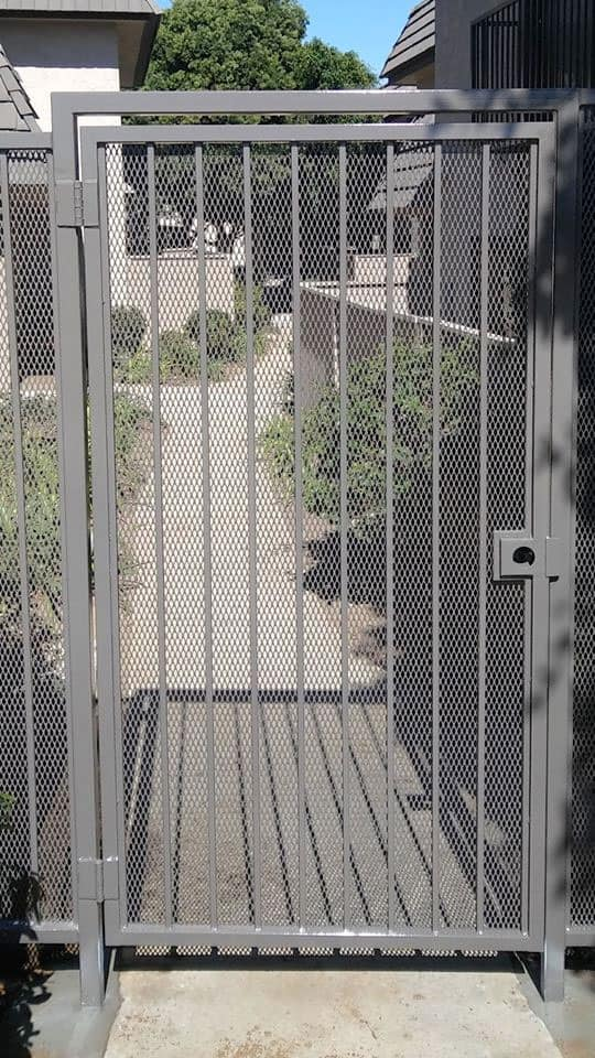 Privacy Screen Gate - Legend Fence