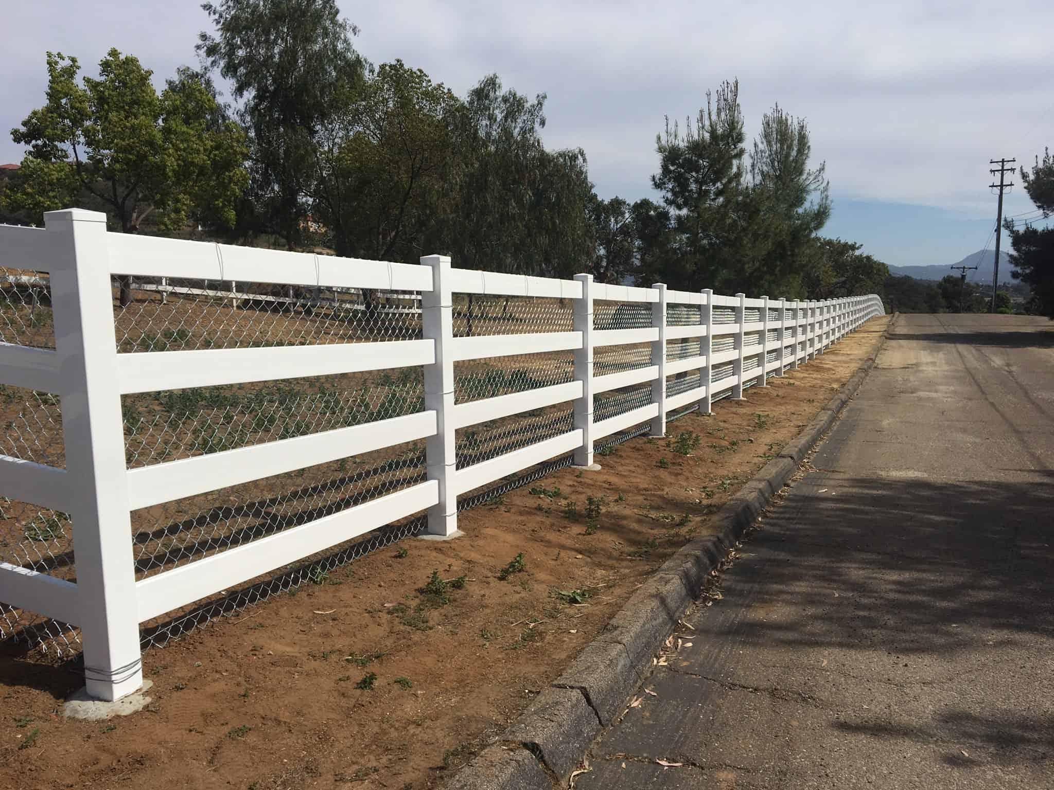white vinyl chain link legend fence
